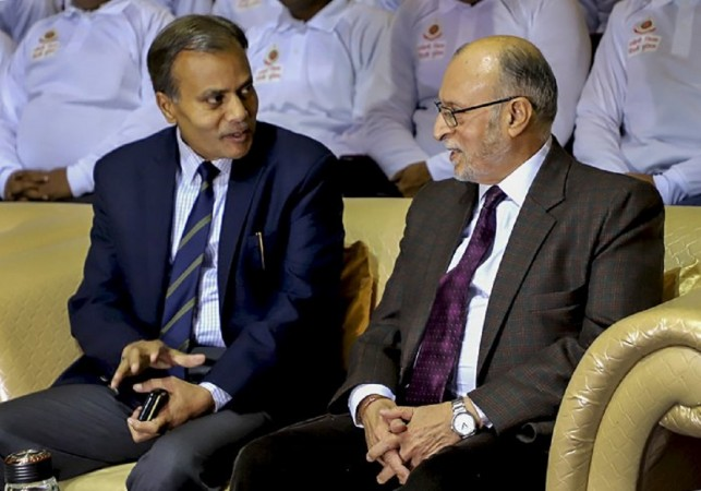 दिल्ली के उपराज्यपाल अनिल बैजल और पुलिस आयुक्त अमूल्य पटनायक।
