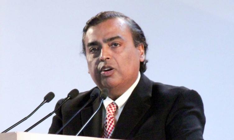 मुकेश अंबानी लगातार आठवें साल सबसे अमीर भारतीय बने