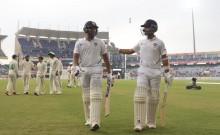 रांची टेस्ट में छाए शतकवीर रोहित, शुरुआती झटकों के बाद रहाणे के साथ मिल संभाली भारतीय पारी