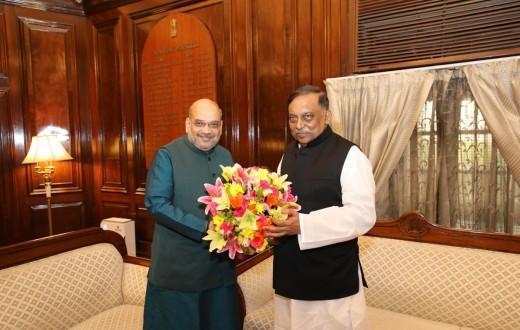 अमित शाह और बांग्लादेश के गृह मंत्री असदुज्जमां खान की फाइल फोटो