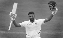 रांची टेस्ट में भारत का पलड़ा भारी; रोहित शर्मा के दोहरे शतक के बाद तेज गेंदबाजों ने दिए अफ्रीका को प्रारंभिक झटके
