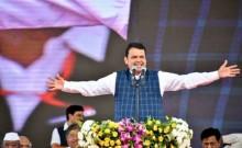 महाराष्ट्र सरकार का रिमोट कंट्रोल एनसीपी के हाथ में और बैटरी कांग्रेस के पास : फडणवीस